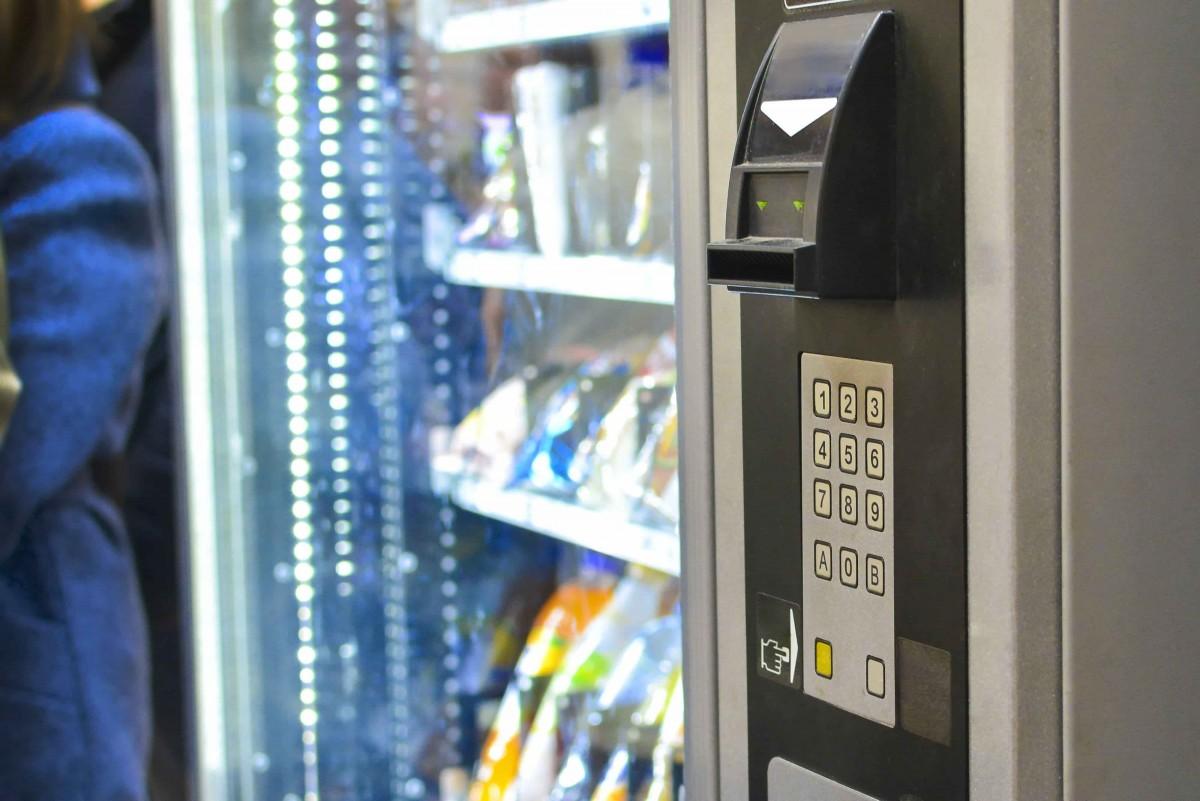 distributeur automatique monnayeur carte paiement