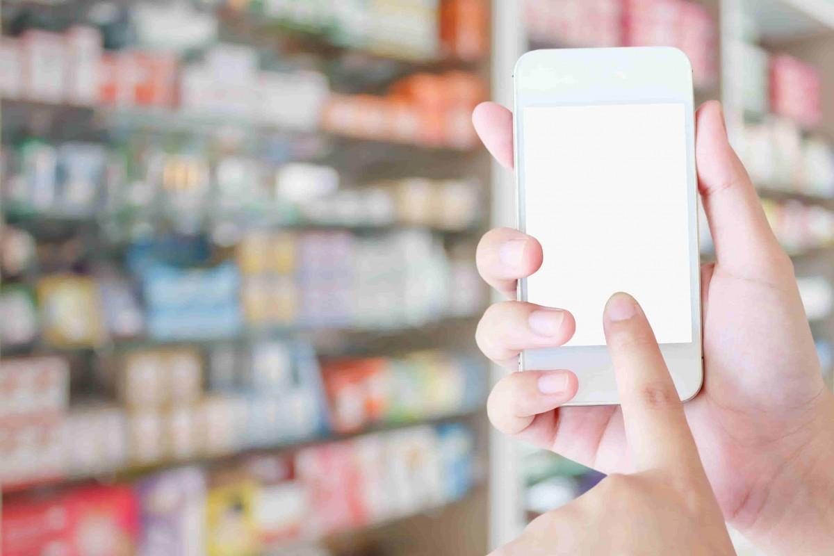smartphone distributeur pharmacie